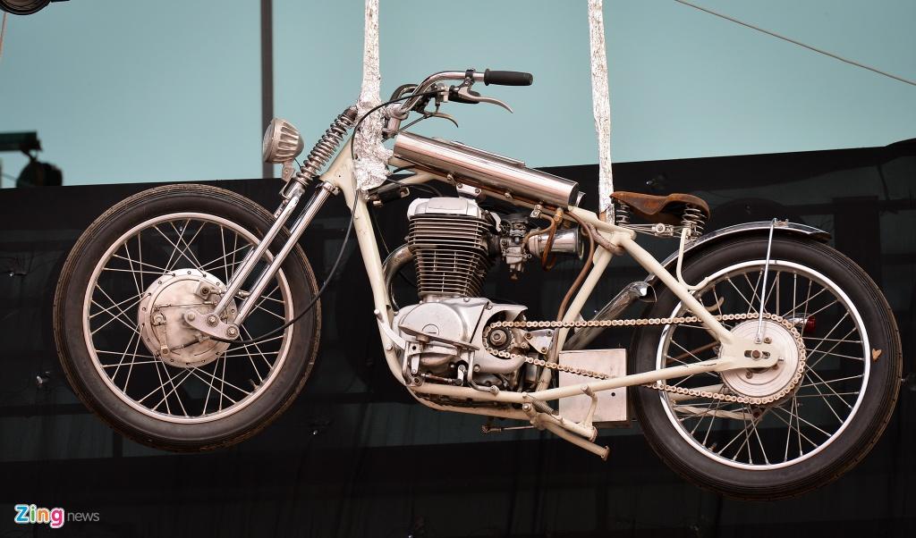 Dan xe moto khung hang tram chiec tu hop tai Ha Noi hinh anh 9
