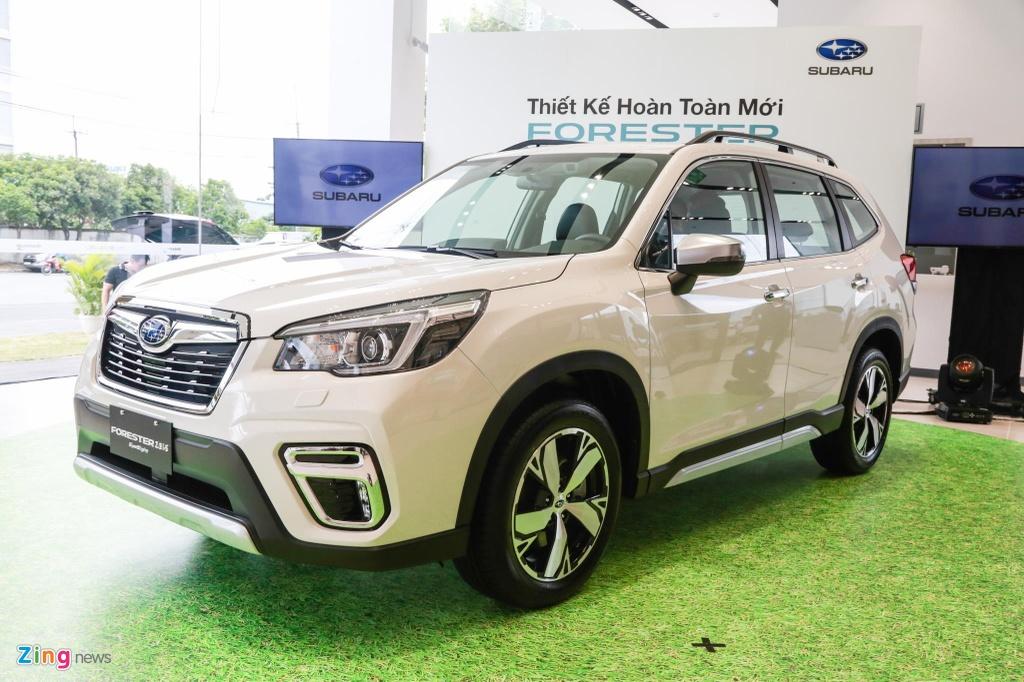 SUV chay pho, chon Subaru Forester hay Hyundai Santa Fe? hinh anh 1