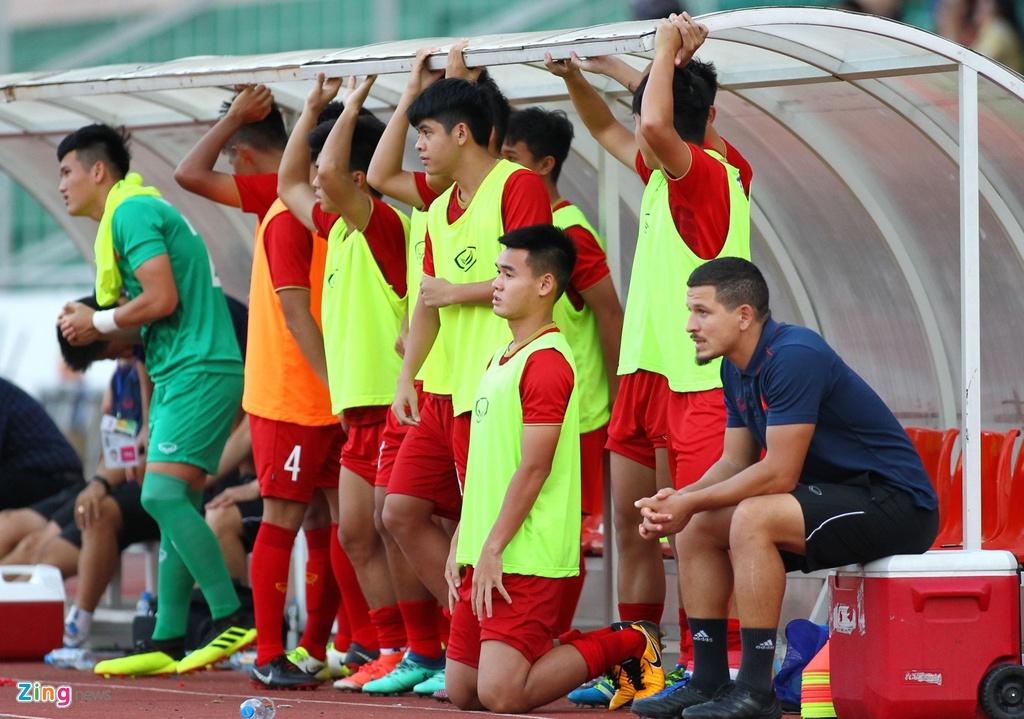 U18 Viet Nam vs Campuchia anh 2