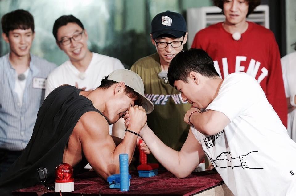 Kim Jong Kook tap gym anh 3
