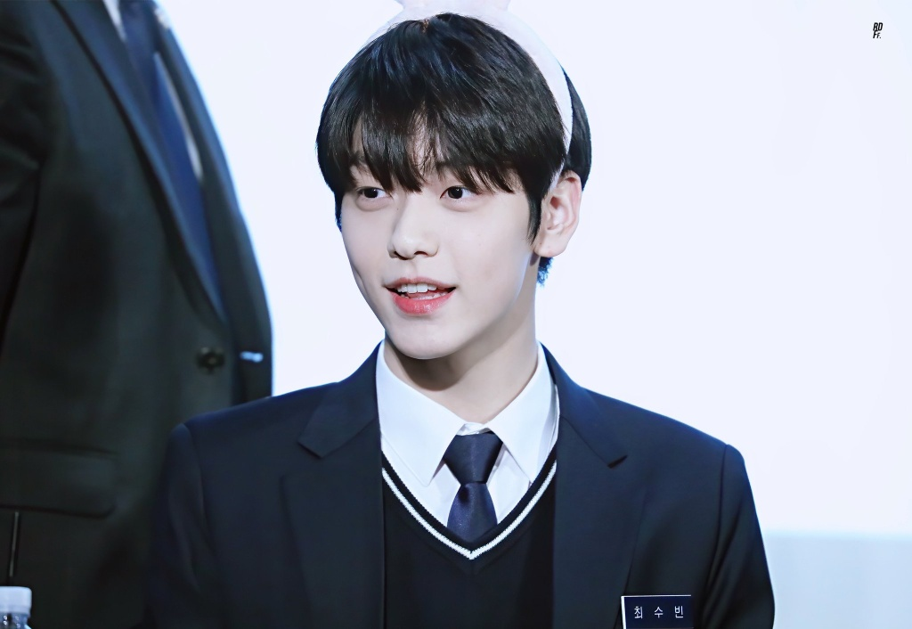 tan binh Kpop 2019 anh 2