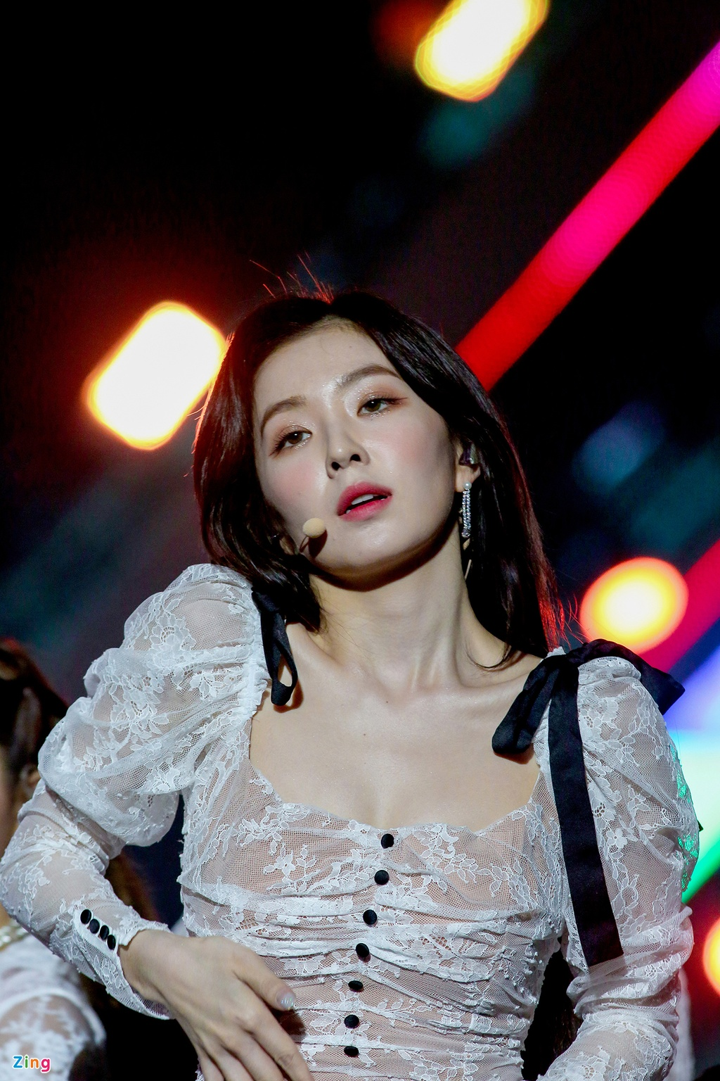 Khoanh khac nong bong cua than tuong Kpop tai AAA 2019 hinh anh 4