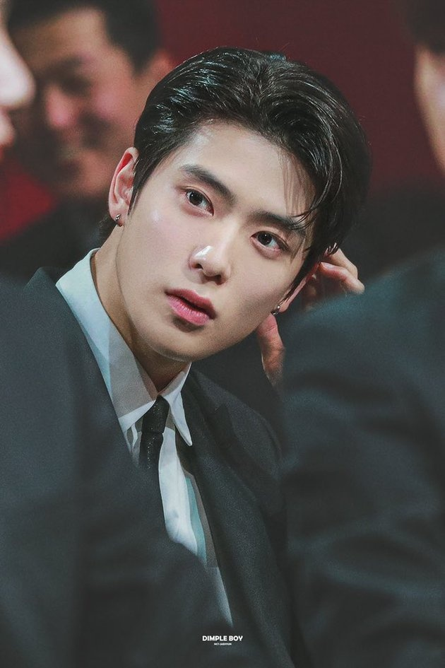 5 than tuong duoc binh chon dep trai nhat Kpop hinh anh 8 idol_k_pop_ganteng_rasa_oppa_20191219_004_non_fotografer_kly.jpg