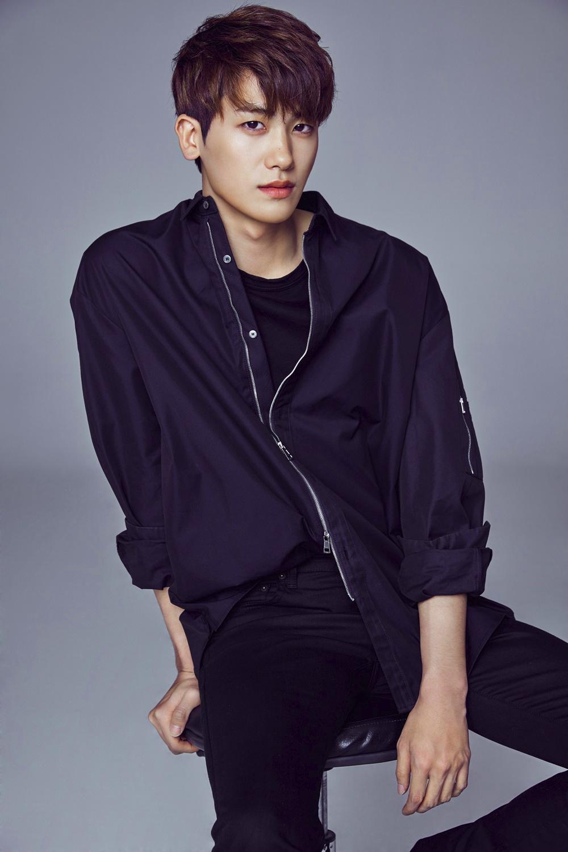 5 nam dien vien duoc phai nu xu Han muon tang qua ngay Valentine nhat hinh anh 6 Park_Hyung_Sik_UAA_profile_photo.png