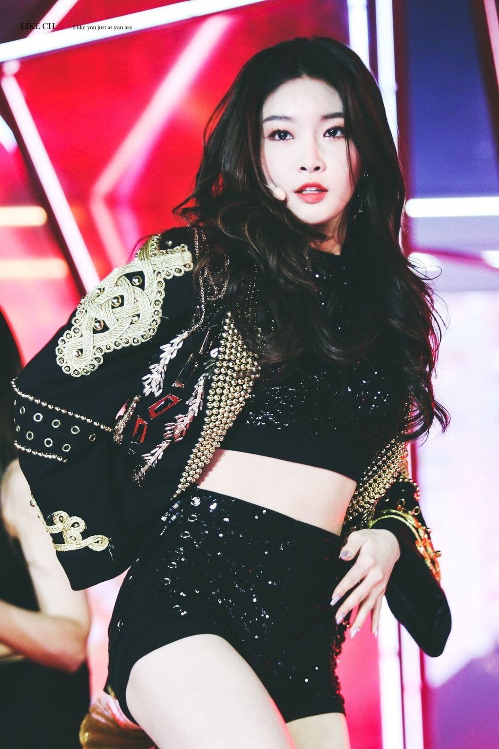5 idol Kpop so huu hinh tuong girl crush hinh anh 7 chungha_1576291705693493968264.jpeg