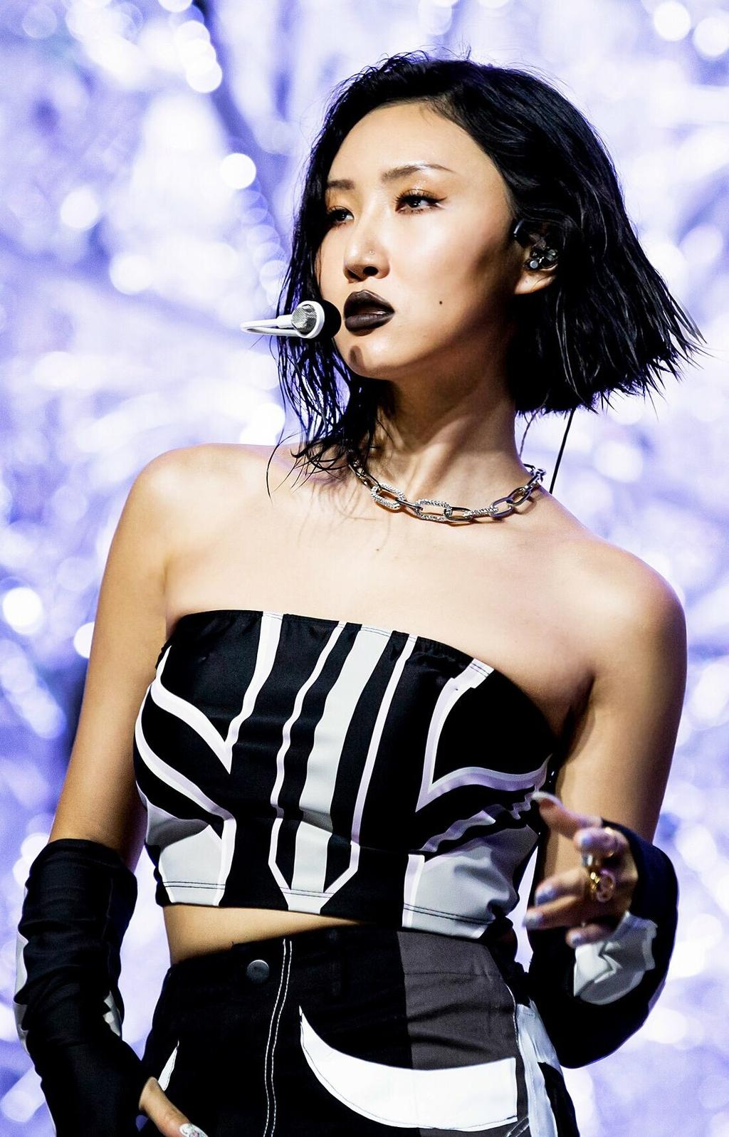 5 idol Kpop so huu hinh tuong girl crush hinh anh 15 o1100171614645060513_2195_1576224596.jpg
