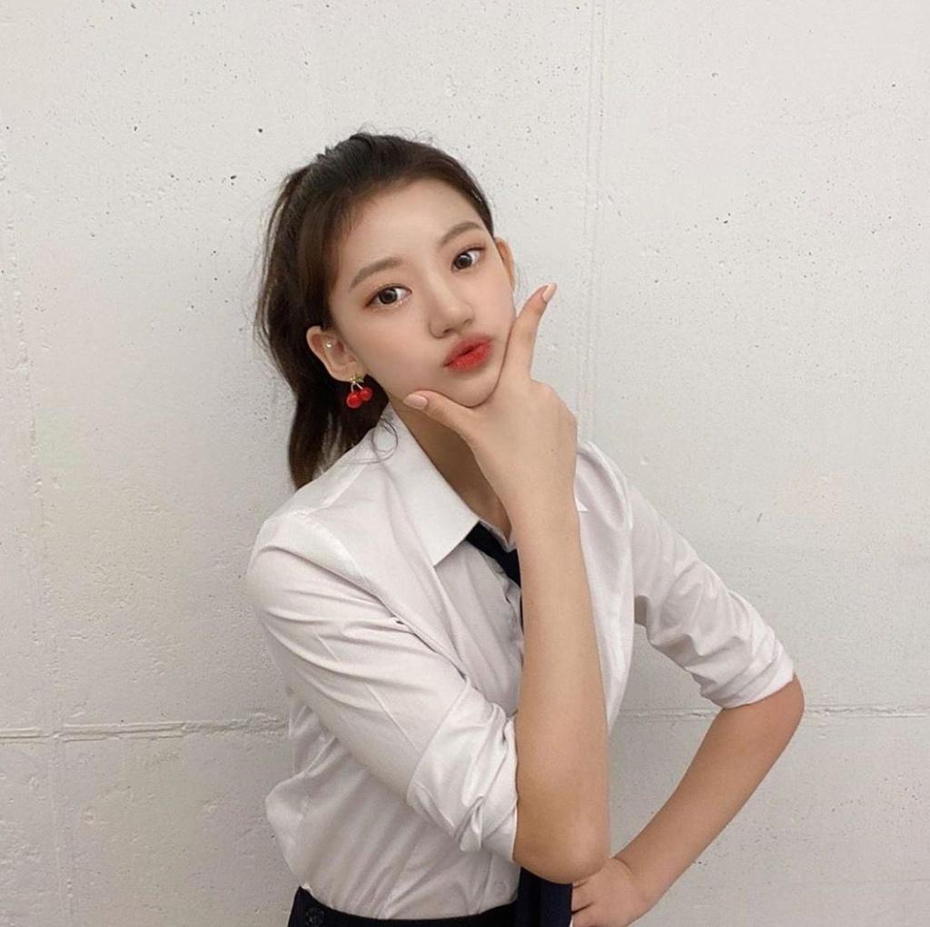 Nhan sac nu idol 15 tuoi anh 2