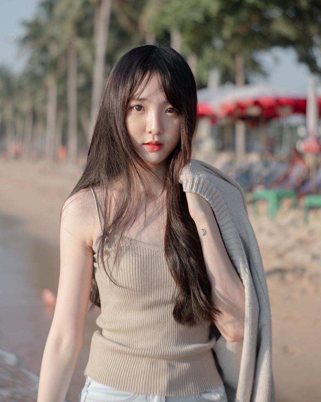 Hot girl 'Lat mat 3' cua Ly Hai tham gia show song con ban Trung hinh anh 10 79369488_586009272228071_1985138672199691985_n.jpg