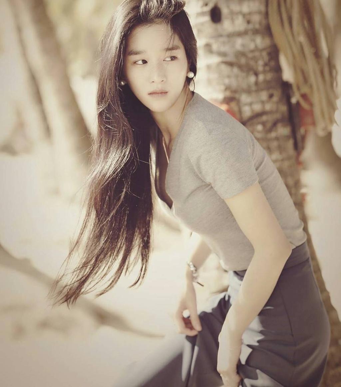 nhan sac ngoai doi cua Seo Ye Ji anh 9
