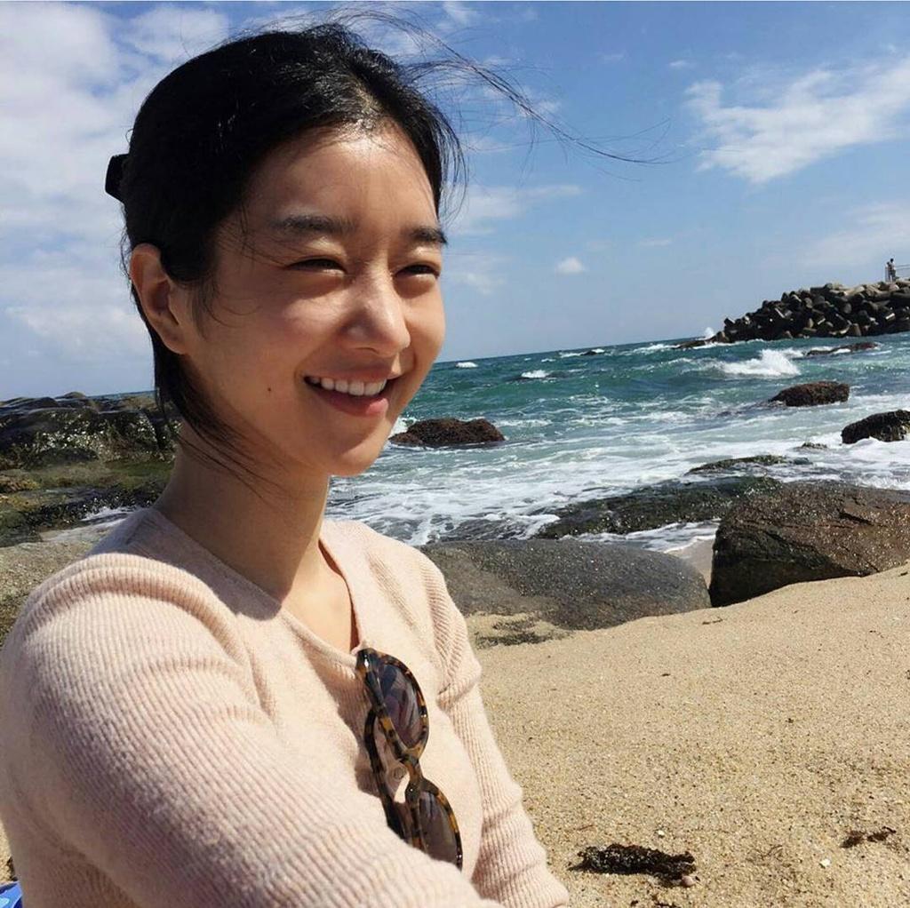 nhan sac ngoai doi cua Seo Ye Ji anh 6