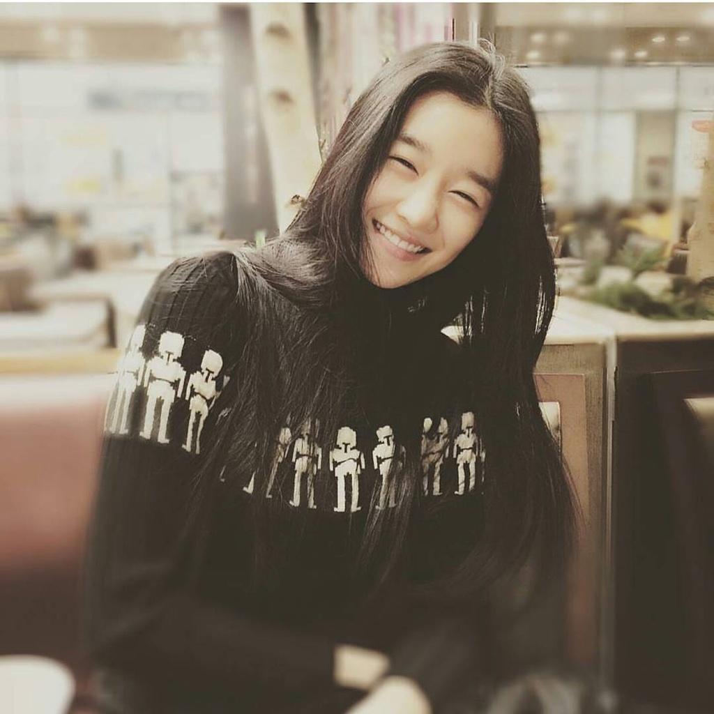 nhan sac ngoai doi cua Seo Ye Ji anh 7