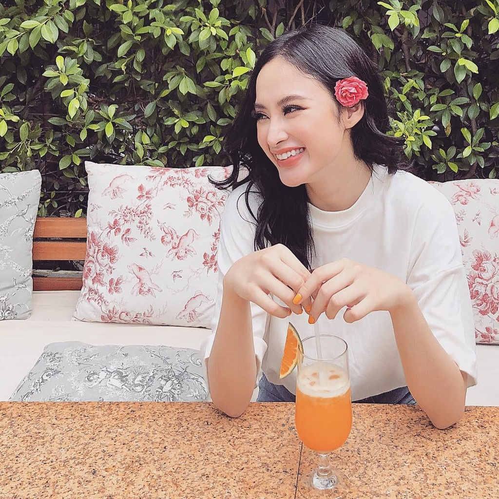 Muon van mon chay ngon mieng giu dang dep nhu Angela Phuong Trinh hinh anh 1