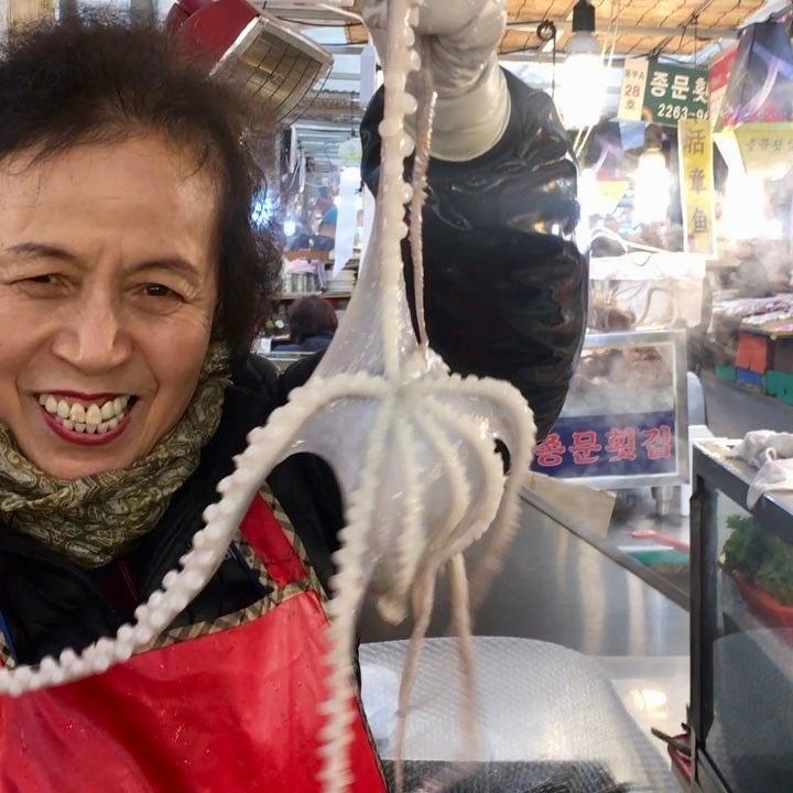 An bach tuoc song Han Quoc the nao de khong bi nghet tho? hinh anh 2