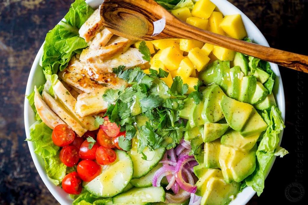 Bi kip tron salad thanh mat, de lam khong can ty le cho ngay nong nuc hinh anh 7