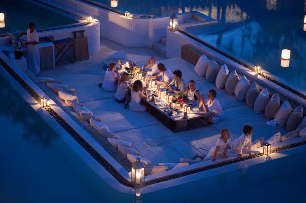 Khu biệt thự 9 phòng ngủ sang chảnh nổi tiếng Maldives - Ảnh 12