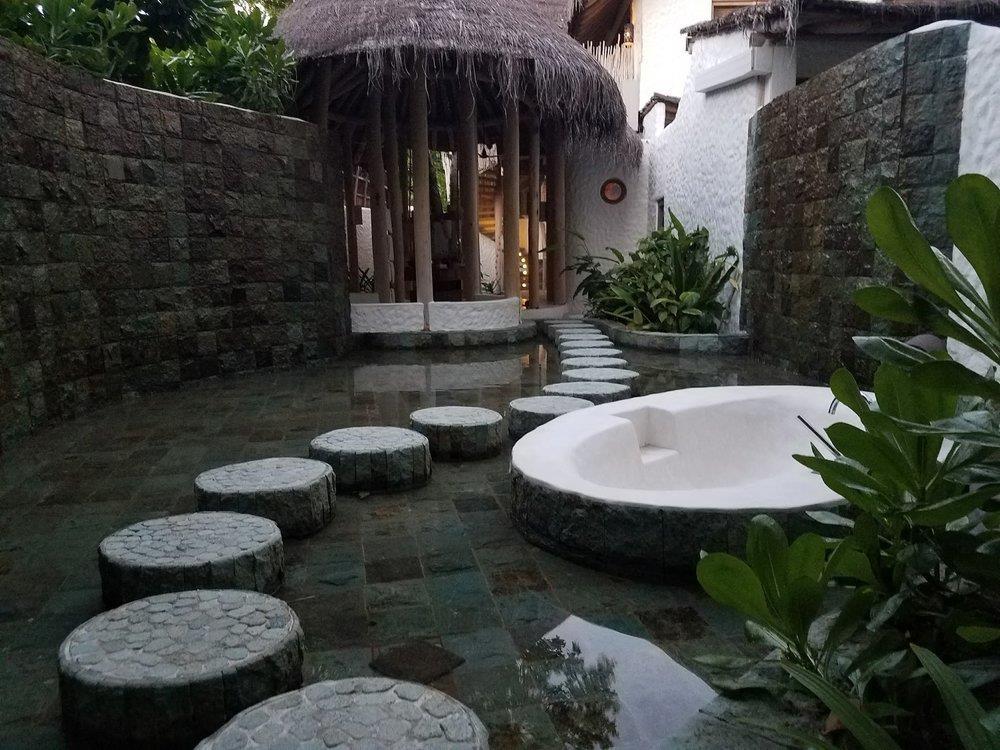 Khu biệt thự 9 phòng ngủ sang chảnh nổi tiếng Maldives - Ảnh 11