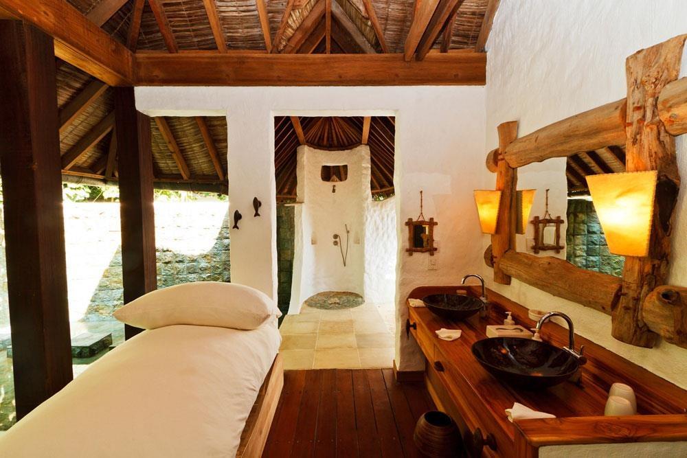 Khu biệt thự 9 phòng ngủ sang chảnh nổi tiếng Maldives - Ảnh 8