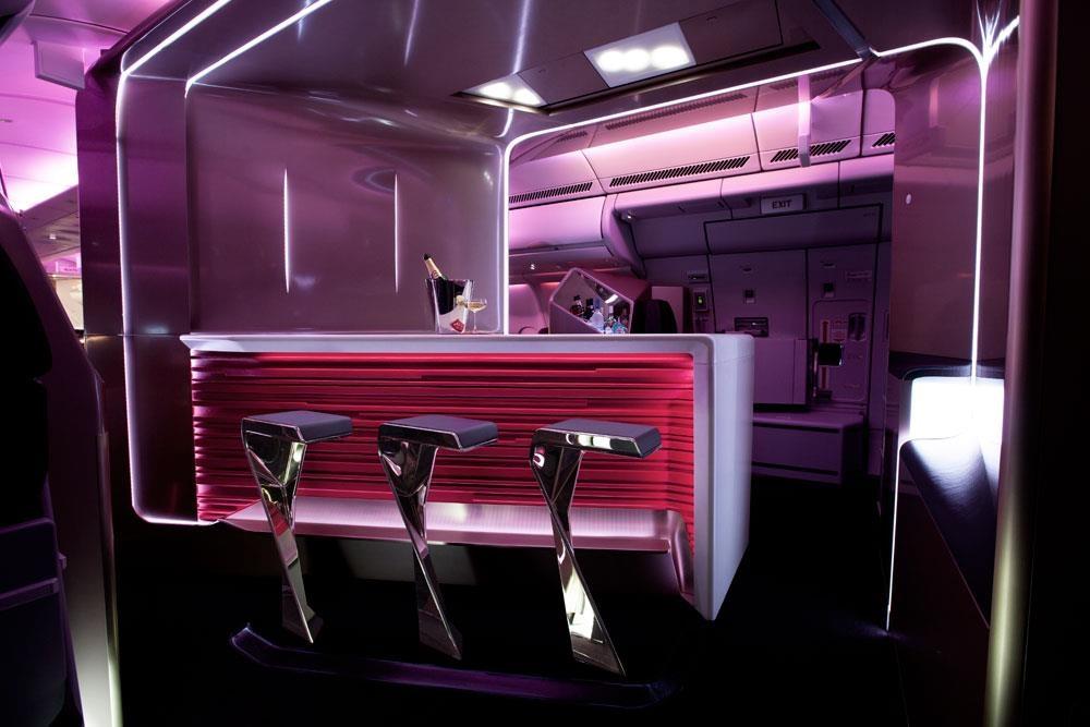 6 quầy bar sang trọng trên phi cơ của các hãng hàng không cao cấp - Ảnh 6
