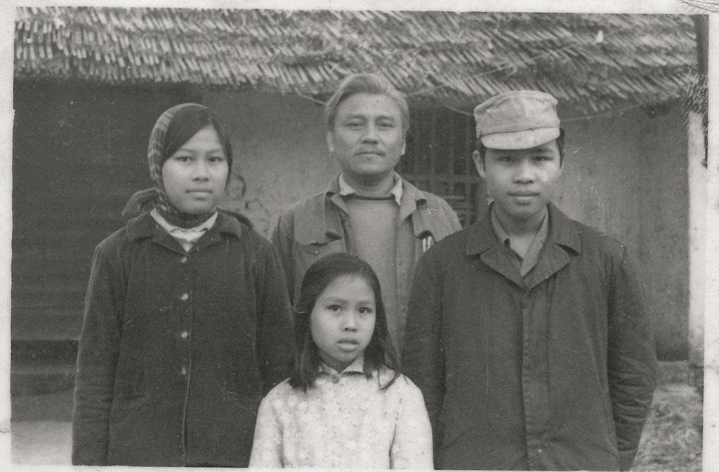 Nha tho Quang Dung - nguoi mang trong trang di tim thanh cao anh 2