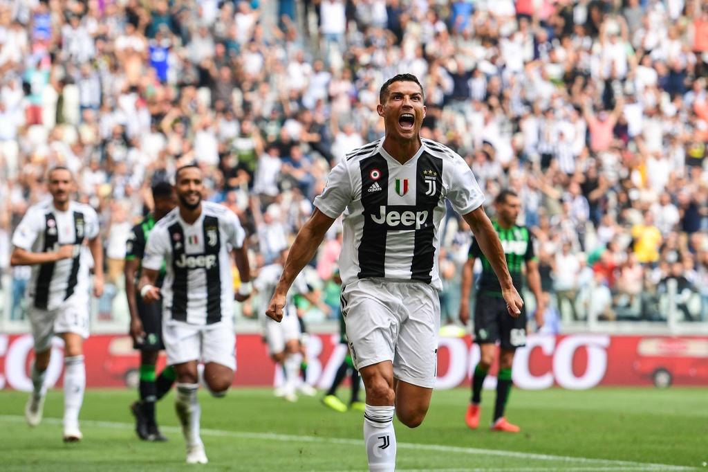 Juventus vs Napoli: Ronaldo va thu thach mang ten Ancelotti hinh anh 1
