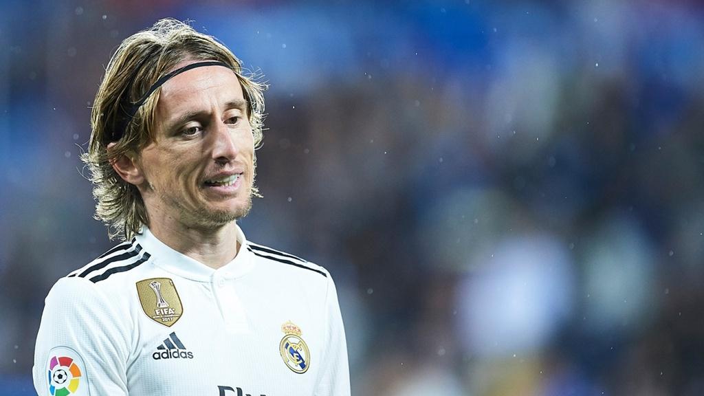 Luka Modric va nhiem vu giai cuu Real Madrid hinh anh 1