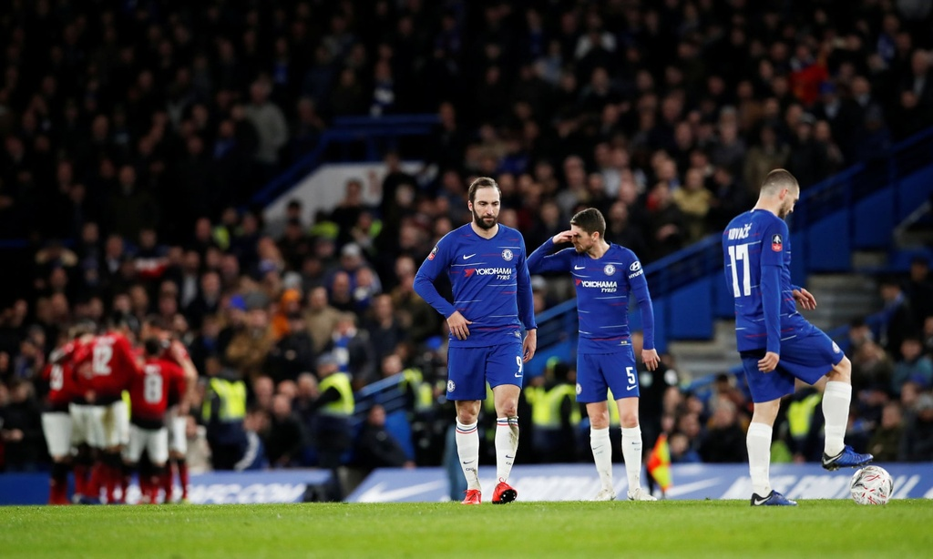 MU danh bai Chelsea, day HLV Sarri toi bo vuc sa thai hinh anh 4