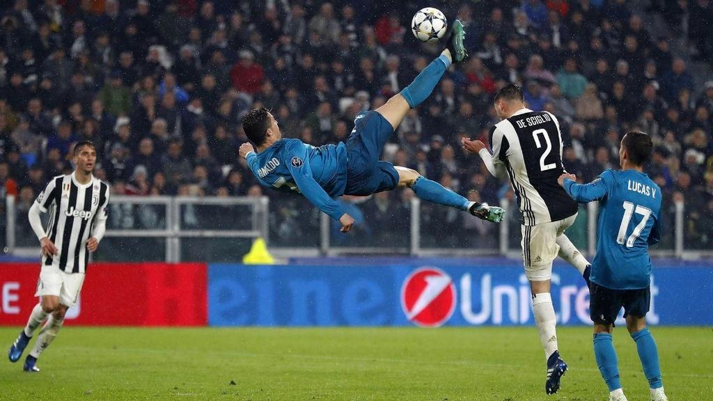 10 khoanh khac dang nho cua Ronaldo tai Champions League hinh anh 8