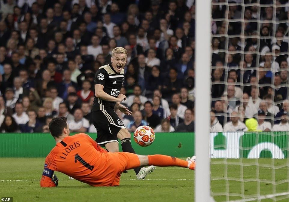 Ajax chinh phuc Tottenham bang su don gian hinh anh 4