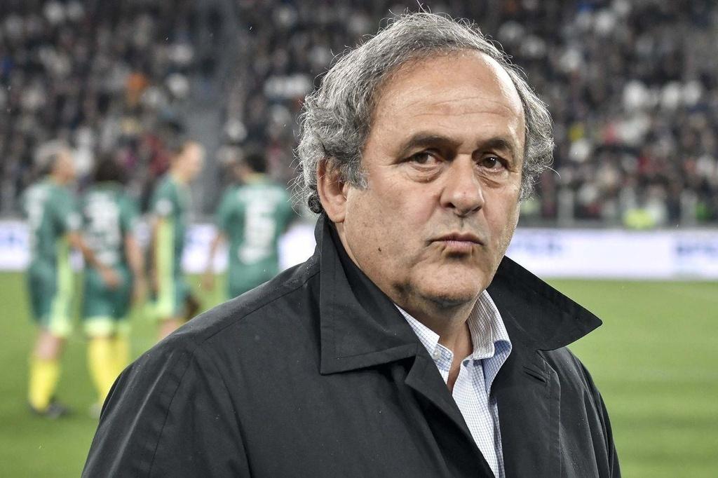 Michel Platini - tu huyen thoai den ke gian lan xuyen luc dia hinh anh 4