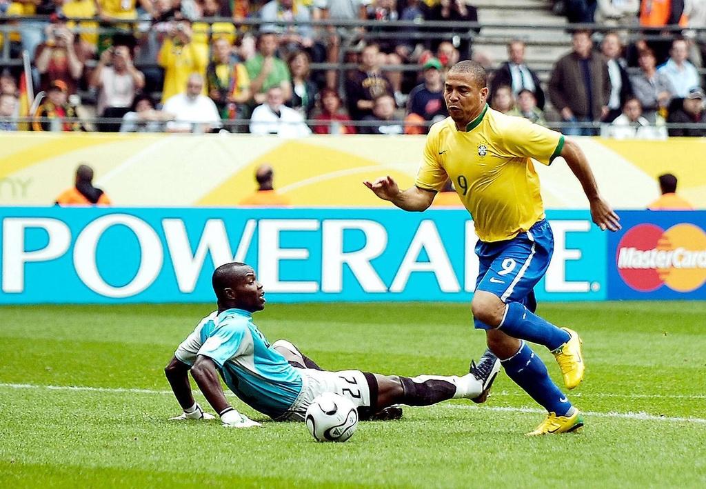 Ronaldo 'beo' va vinh quang cuoi cung o World Cup hinh anh 1