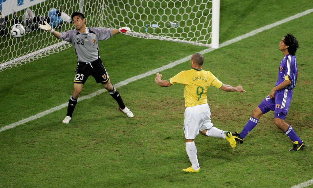 Ronaldo 'beo' va vinh quang cuoi cung o World Cup hinh anh 3