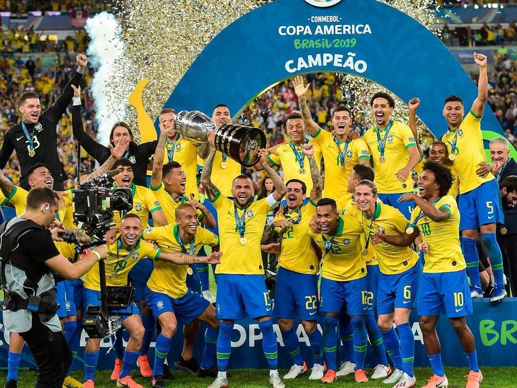 Brazil vô địch Copa America sau khi đánh bại Peru 3-1 trong trận chung kết.
