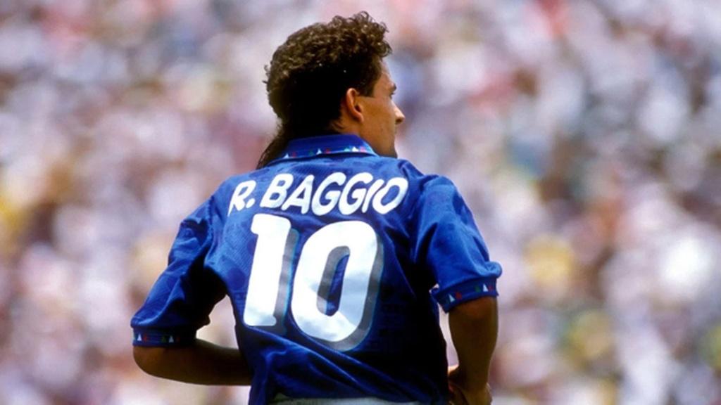 Roberto Baggio - thien tai va cu luan luu nghiet nga hinh anh 4