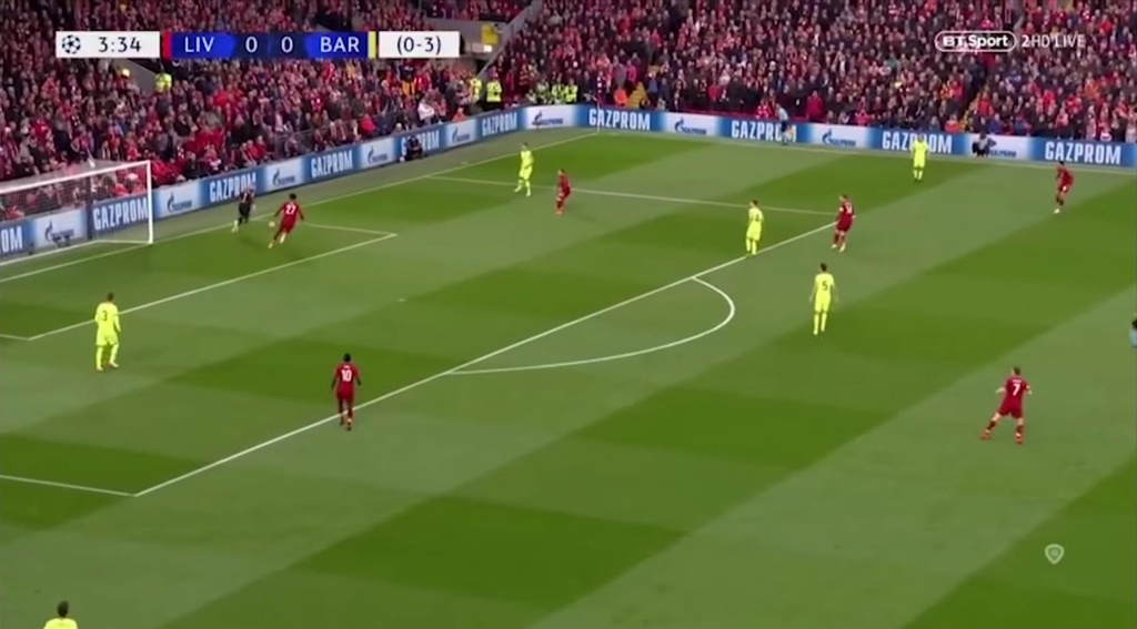 Liverpool bi luat bong da moi han che suc manh nhu the nao? hinh anh 4