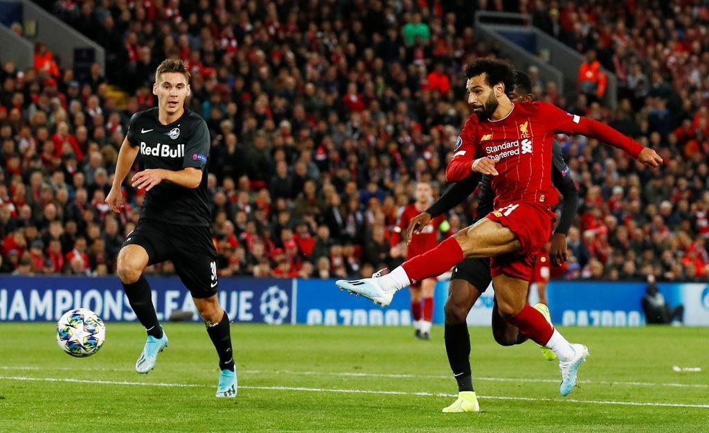 Salah lap cu dup trong tran dau co 7 ban thang cua Liverpool hinh anh 6