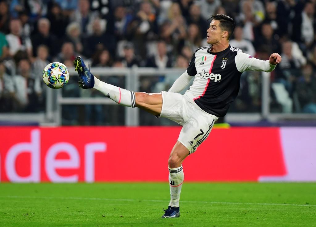 Ronaldo gao thet vi khong the ghi ban cho Juventus hinh anh 6