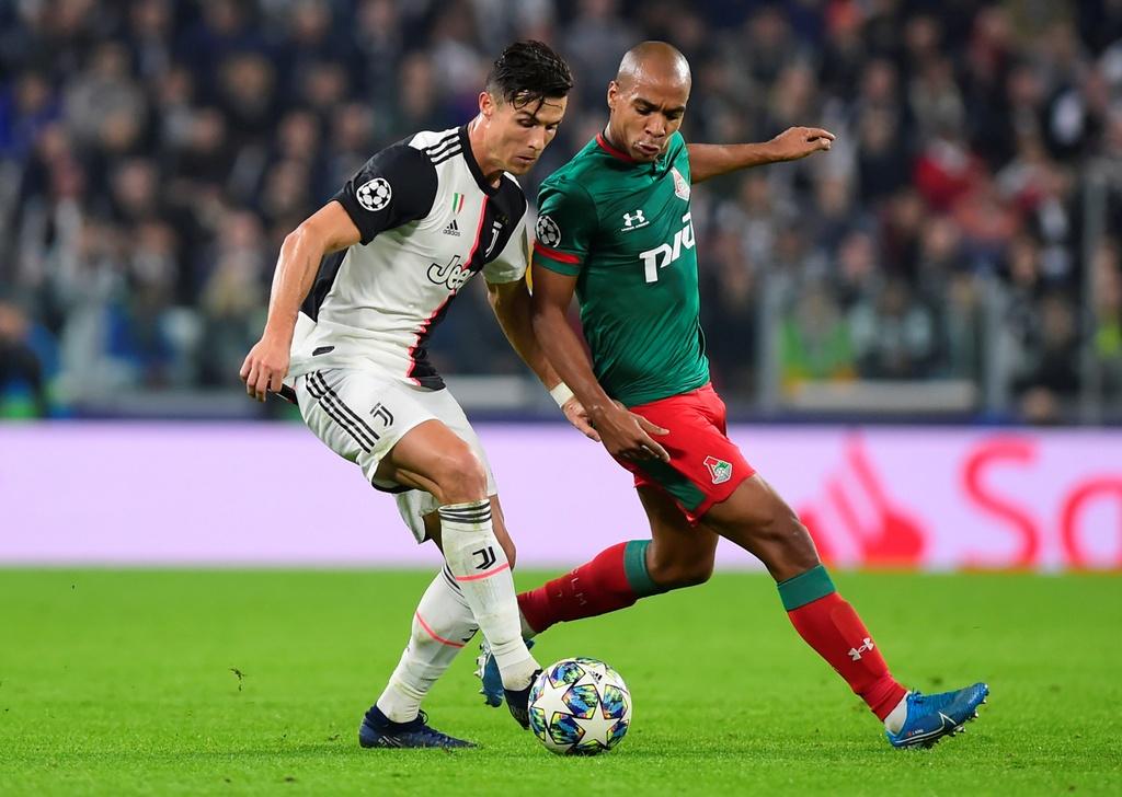 Ronaldo gao thet vi khong the ghi ban cho Juventus hinh anh 7
