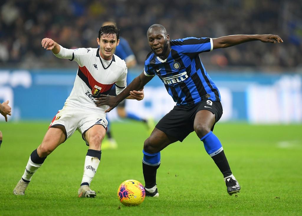 Lukaku ghi ban giup Inter lay lai ngoi dau tu Juventus hinh anh 3