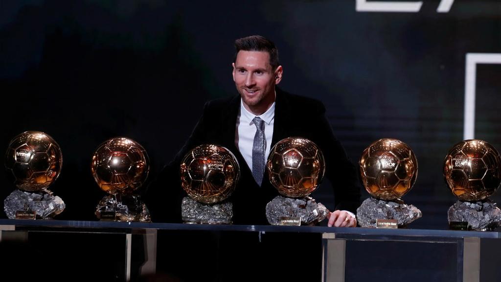 Mot thap ky vinh quang va cay dang cua Lionel Messi hinh anh 1 messi1515.jpg