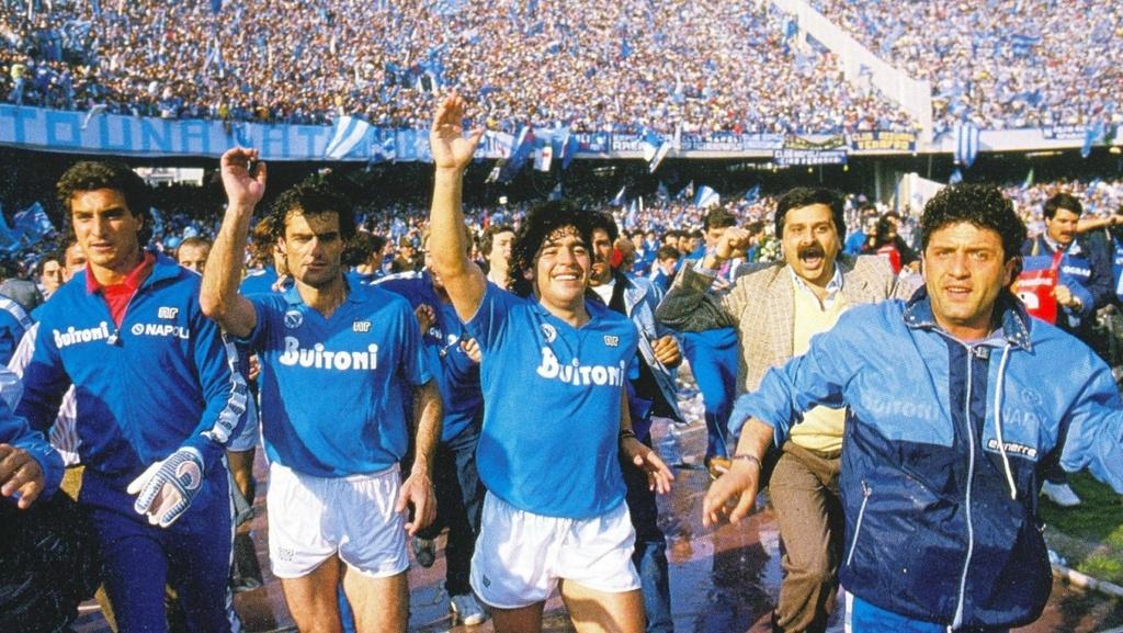 Maradona Messi anh 3