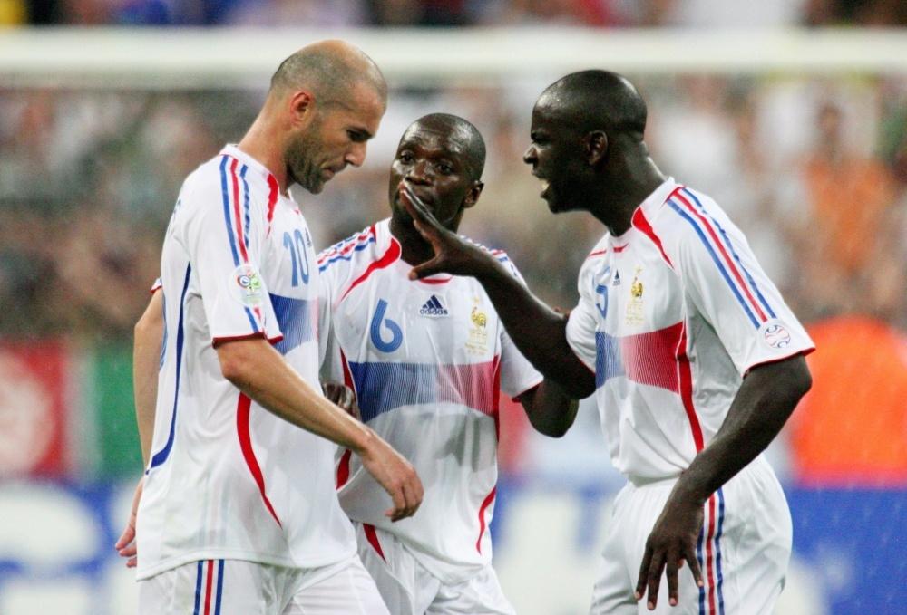 Ngay Zidane khuat phuc ca Ronaldinho lan Ronaldo hinh anh 2 zizou1.jpg