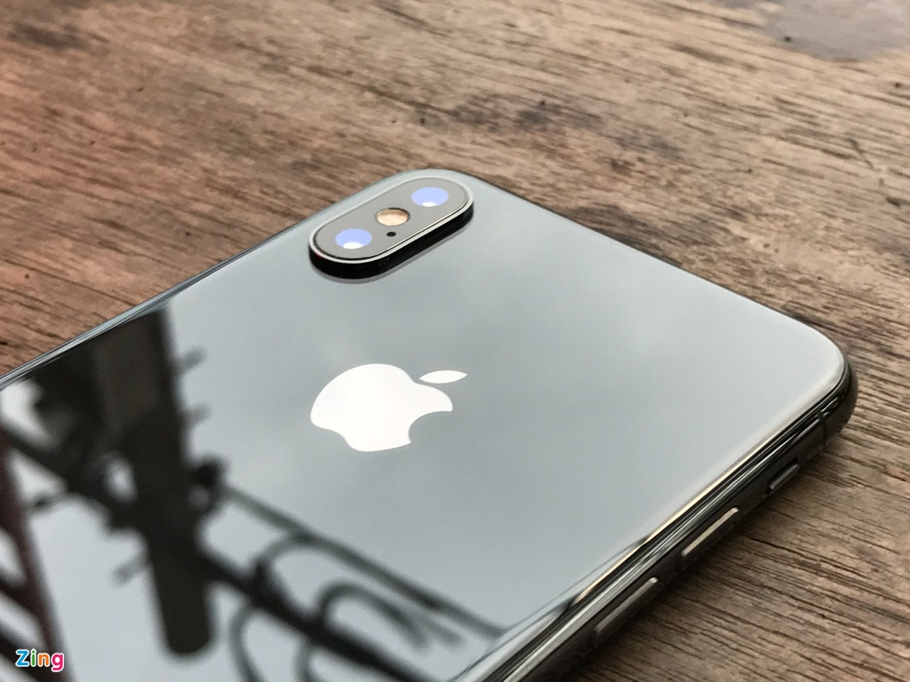 Danh gia chi tiet iPhone X anh 2