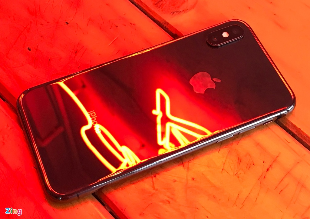 Danh gia chi tiet iPhone X anh 4