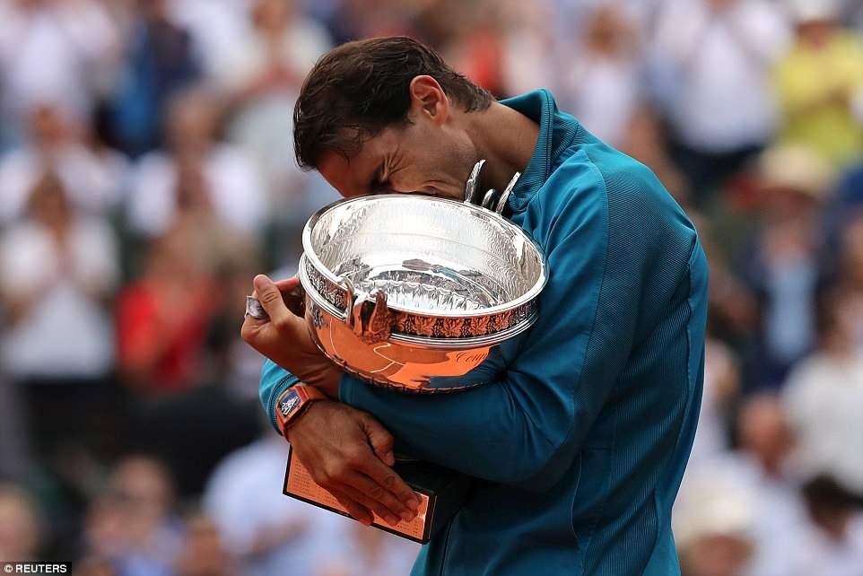 HLV Zidane chung kien tay vot Nadal keo dai ky luc o Phap mo rong hinh anh 4