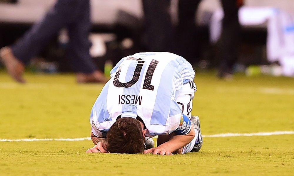 4 nguyen nhan khien Messi kem hon Ronaldo o DTQG anh 3