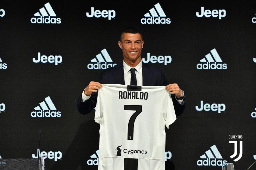 Ronaldo: 'Khong kho khan de quyet dinh roi Real sang Juventus' hinh anh 1