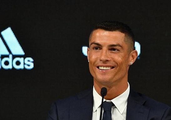 Ronaldo tron thue,  Real Madrid,  Juventus anh 3