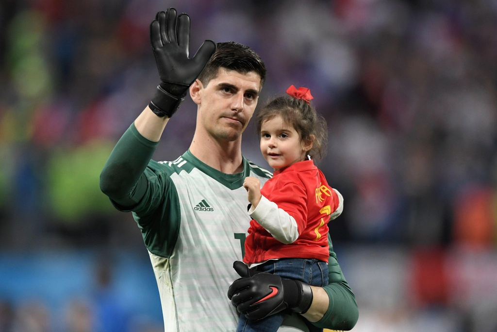 Thibaut Courtois: Vi con tim luon huong ve thanh Madrid hinh anh 1