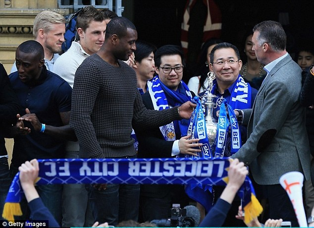 Ty phu Vichai - nguoi viet co tich cho Leicester tai Ngoai hang Anh hinh anh