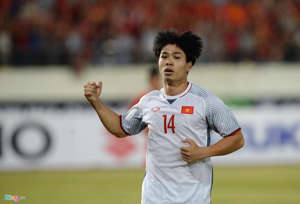 Bao chi Dong Nam A: 'DT Viet Nam la ung cu vien vo dich AFF Cup' hinh anh 3